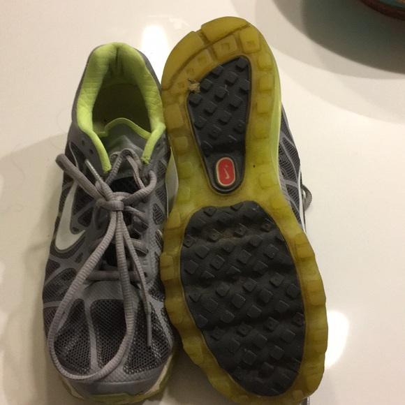 824a68ae6 Nike Max Fitsole Air Green ShoesLime Poshmark Grey IeH9bWEDY2